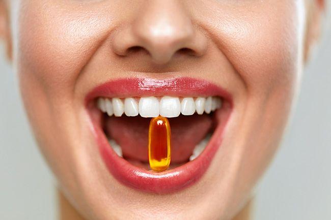 Какие витамины нужны для десен и зубов