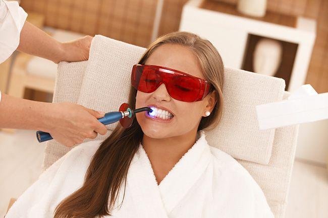 Отбеливание зубов: польза или вред