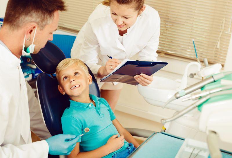 Пластины для выравнивания зубов у детей (10 фото): цены, сколько стоит поставить, отзывы